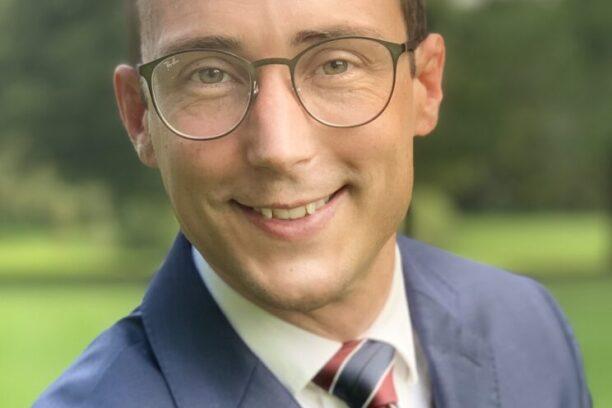 Dr. Dustin Lang, MD